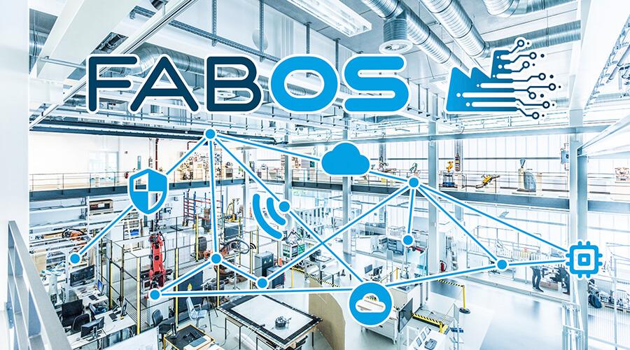 FabOS verbindet IT-Infrastruktur und Automatisierungstechnik um KI-Anwendungen zu befähigen. | Quelle: Fraunhofer IPA, Rainer Bez