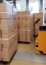 Abholbereite Kisten in Technikum des LKT | Quelle: LKT