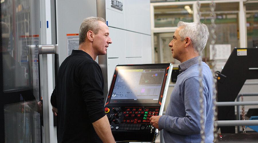 Unterstützt vom WZL der RWTH Aachen im Rahmen des Kompetenzzentrums prüft Ortlinghaus die Einbindung Künstlicher Intelligenz (KI) in seine Produktionsprozesse zur Verbesserung der Planungsgenauigkeit in der Produktion.   Quelle: Ortlinghaus-Werke GmbH