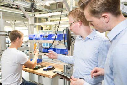 Mithilfe von smarter Technologie und entsprechender Expertise lassen sich Montageprozesse optimieren. Quelle: Grean GmbH